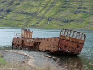Fjord-Myofjordur-2
